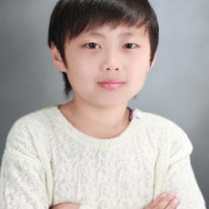 김윤섭04.png